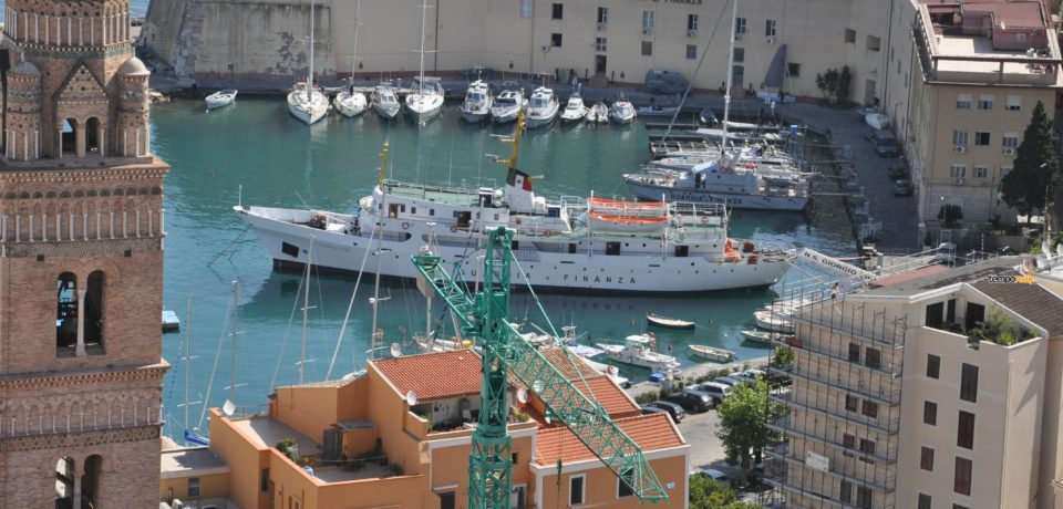 Gaeta / Il ministro Marco Minniti a Gaeta per consegnare due motovedette alla Libia