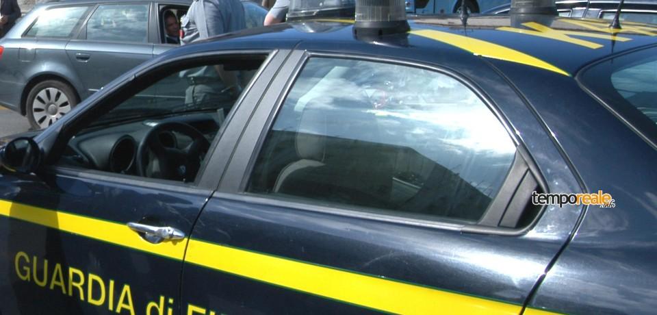 Latina / Scoperte indebite esenzioni bollo auto, scatta l'operazione della Guardia di Finanza