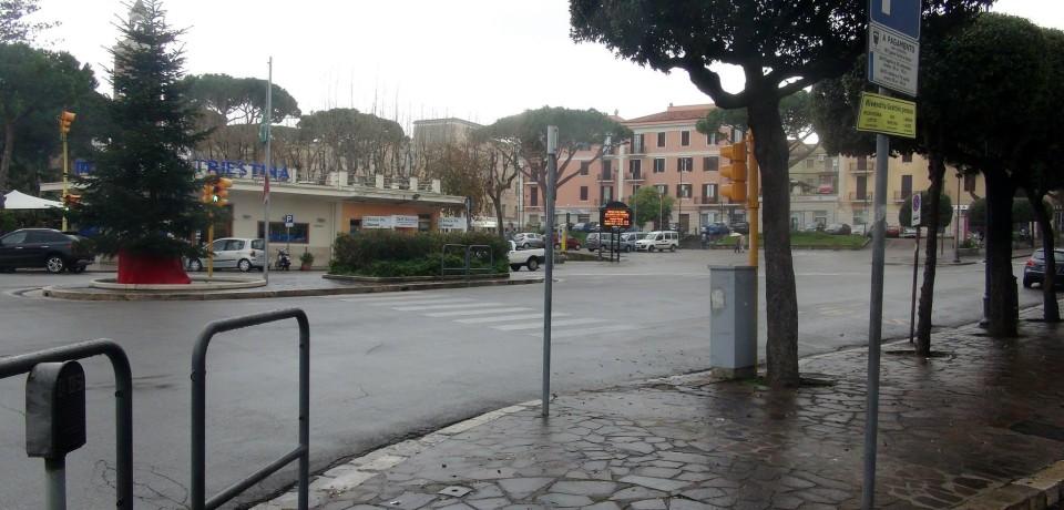 Gaeta / Aperto il cantiere per la rotatoria in centro: in arrivo pista ciclabile e marciapiedi