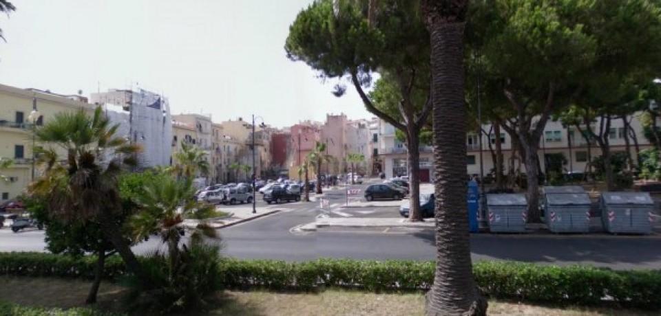 Gaeta / No al parcheggio multipiano a Villa delle Sirene, la protesta