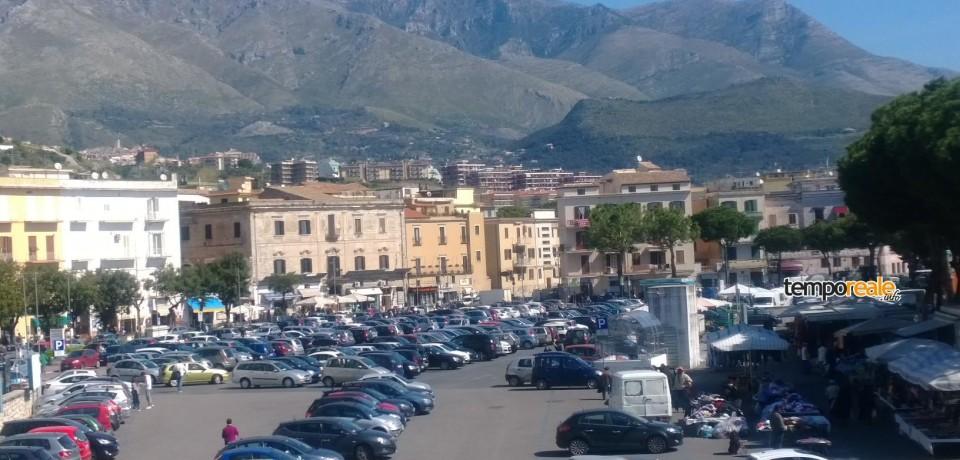 Formia / A rischio la futura gestione del mercato rionale in Largo Paone