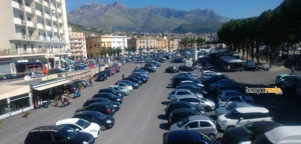 Formia / Il mercato settimanale del sabato resta a Largo Paone, le rassicurazioni di Franzini
