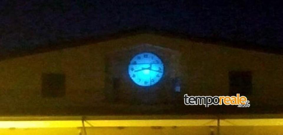Spigno Saturnia / Giornata sull'autismo, l'orologio del Comune sarà illuminato di blu