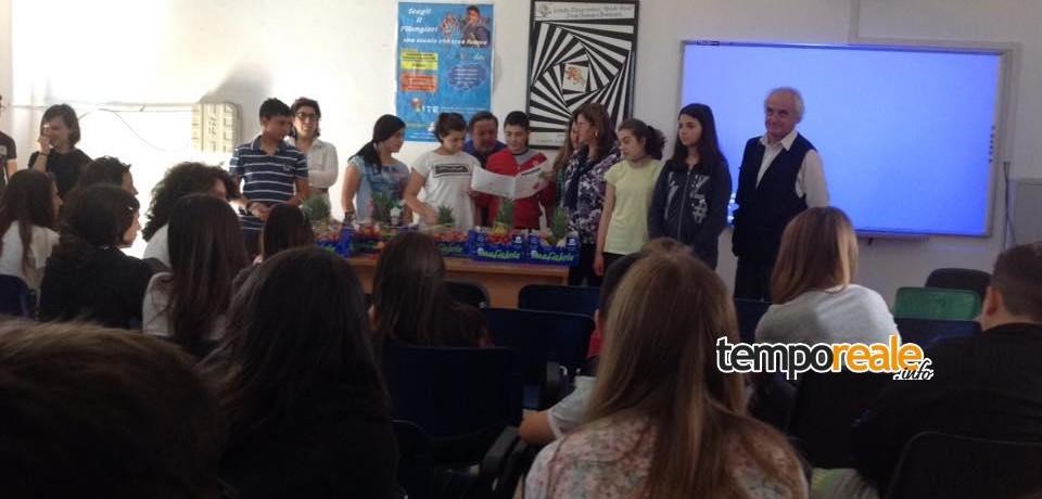 """SS. Cosma e Damiano / Progetto """"La piramide dei colori"""", ecco gli alunni vincitori"""