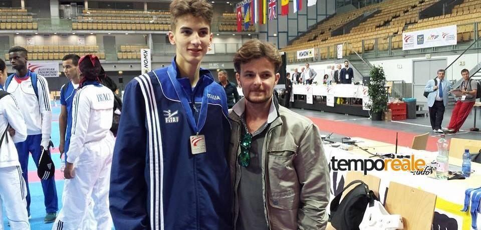 Il taekwondoka terracinese Simone Crescenzi non sfigura in Russia da debuttante al Mondiale seniores