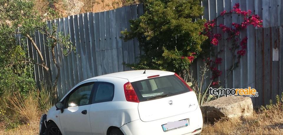 Castelforte / Esce fuori strada per evitare un camion, ferita una ragazza