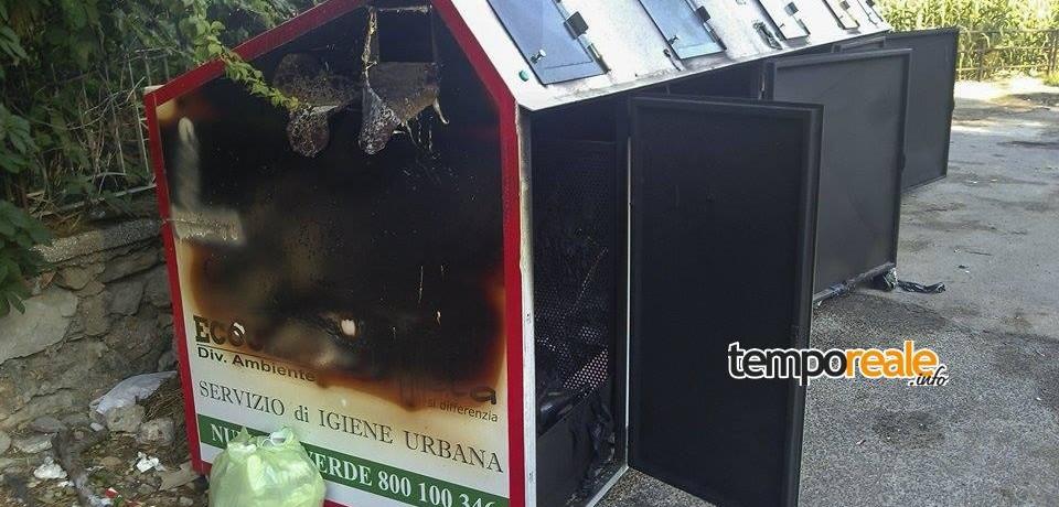 Gaeta / Isola ecologica a fuoco, continuano gli atti vandalici