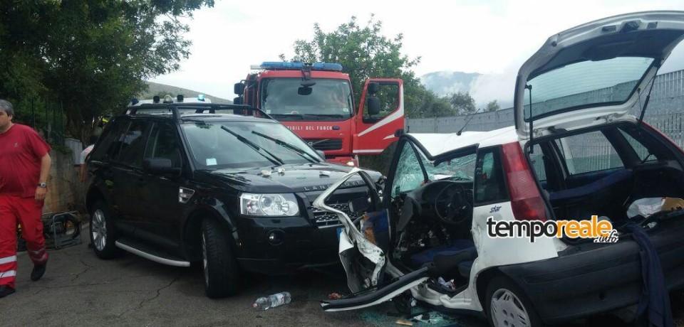 Gaeta / Scontro in Via Sant'Agostino, sei feriti