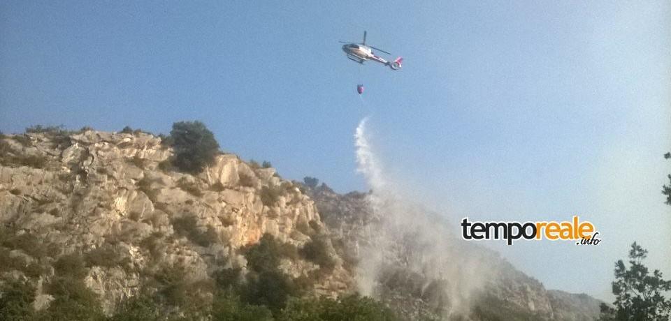 Gaeta / Incendi boschivi: il sindaco Mitrano elogia il super lavoro dei volontari della Protezione Civile