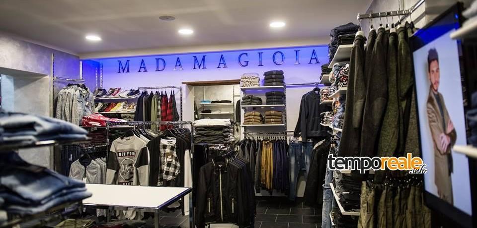 Scauri / La moda a mezzanotte è solo MadamaGioia