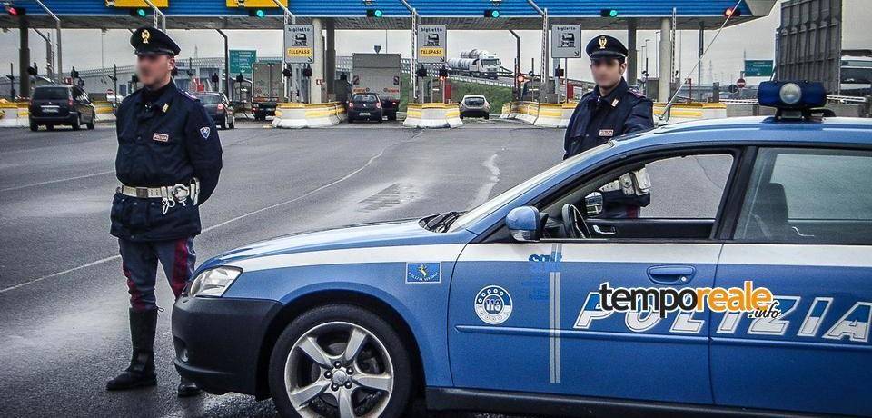 Cassino / Caccia all'uomo della polizia stradale, arrestato ladro di navigatori