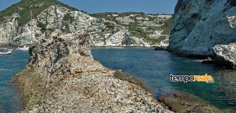 Ponza / Ritrovata ancora di epoca romana a Cala Cecata