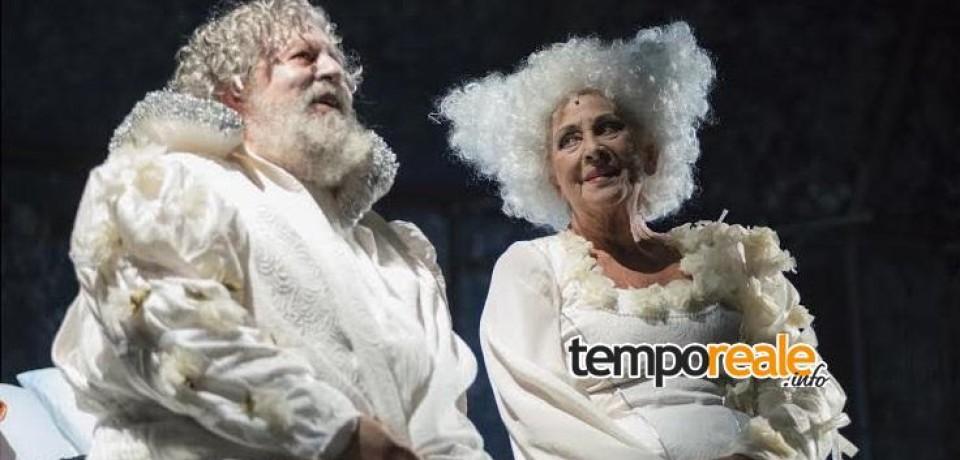 """Cassino / Applausi al teatro Manzoni per """"Sogno di una notte di mezza estate"""""""