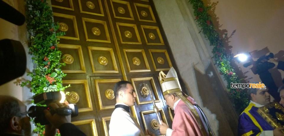 Gaeta / Aperta la Porta Santa, l'omelia dell'arcivercovo Fabio Bernardo