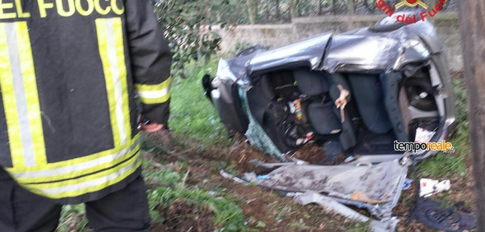 San Felice Circeo / Auto ribaltata, un ferito