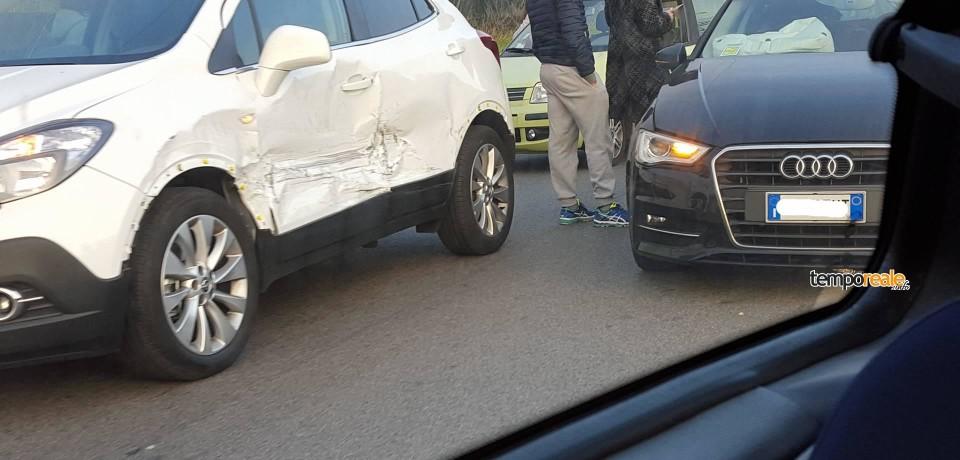 Formia / Altro incidente sulla superstrada, scontro tra 4 auto