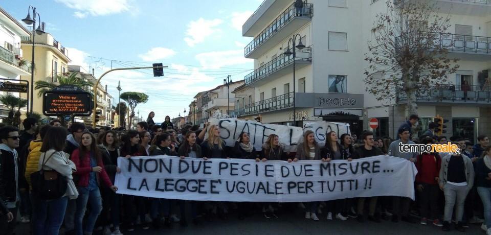 Minturno / Doppione sulle Scienze Applicate, la protesta degli studenti del Liceo Alberti