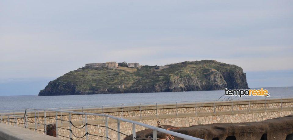 Ventotene / Recupero carcere di Santo Stefano: in arrivo Pinotti, Franceschini e Boschi