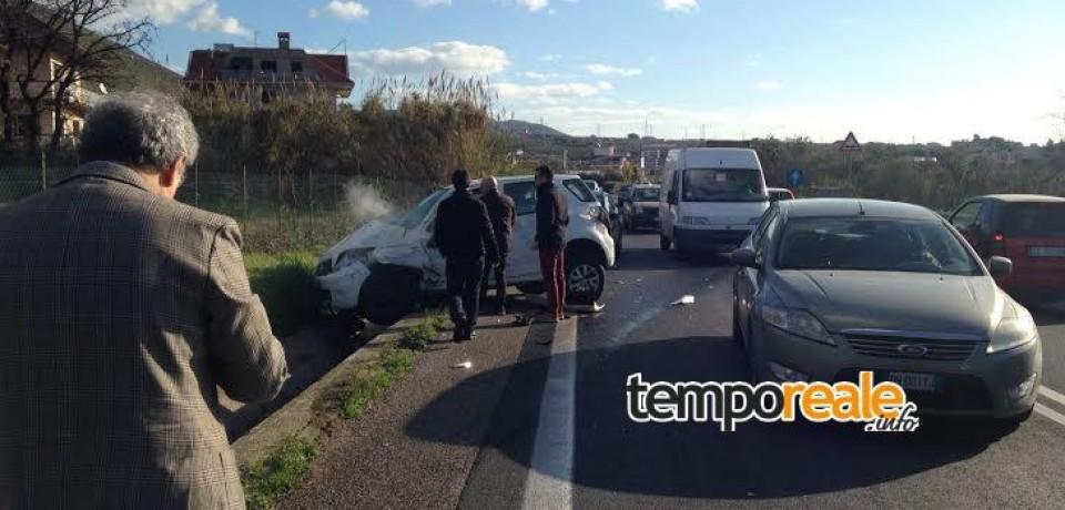 Formia / Scontro tra auto e camion sulla superstrada, ferita una donna