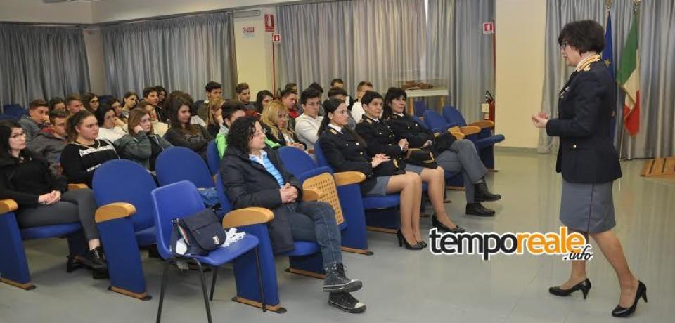 """Frosinone / """"La Polizia di Stato con le donne"""", giornata conclusiva delle iniziative della Questura"""