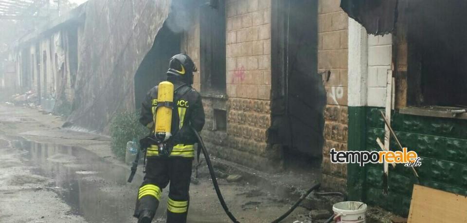 Latina / Pericoloso incendio nella fabbrica dismessa della Pozzi Ginori