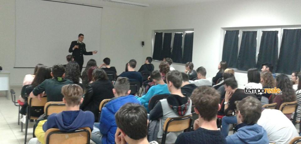 """Cassino / I Carabinieri al Liceo Scientifico """"Pellecchia"""" per la cultura della legalità"""