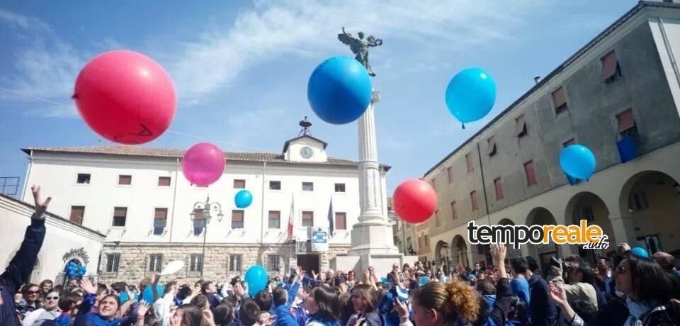"""""""Ferentino si accende di Blu"""" per la Giornata Mondiale dell'Autismo"""