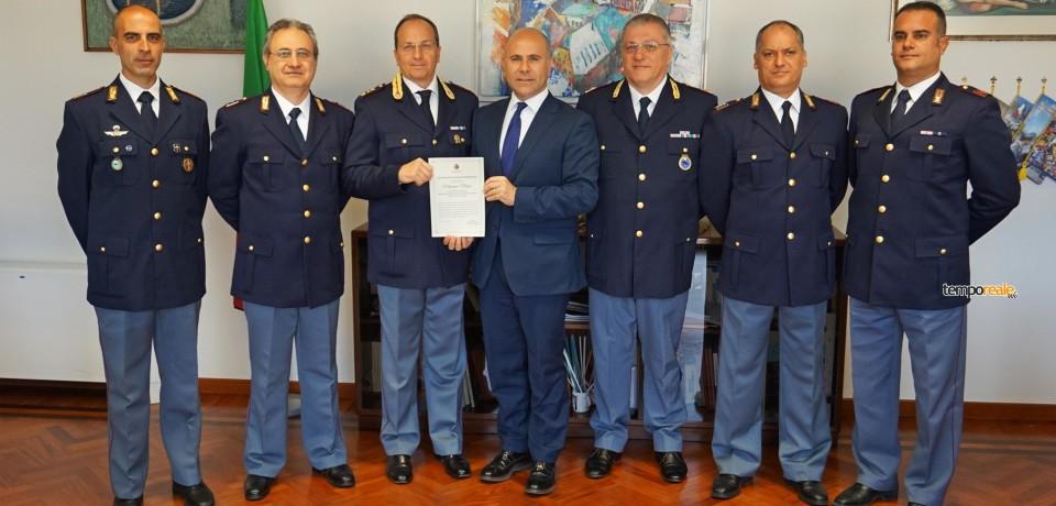 Fondi / Omicidio Zuena, il sindaco De Meo consegna gli attestati di benemerenza alla Polizia