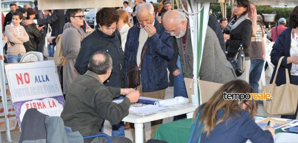 """Minturno / In tanti in Piazza Bassani per il """"No Tube & No Triv Day"""""""