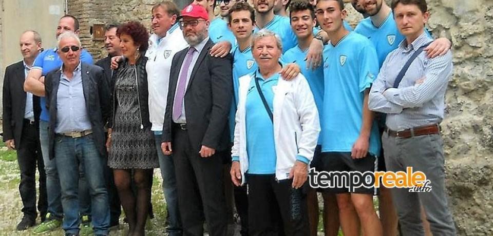 Minturno / Il Basket Scauri riceve un encomio solenne dal commissario prefettizio Bruno Strati