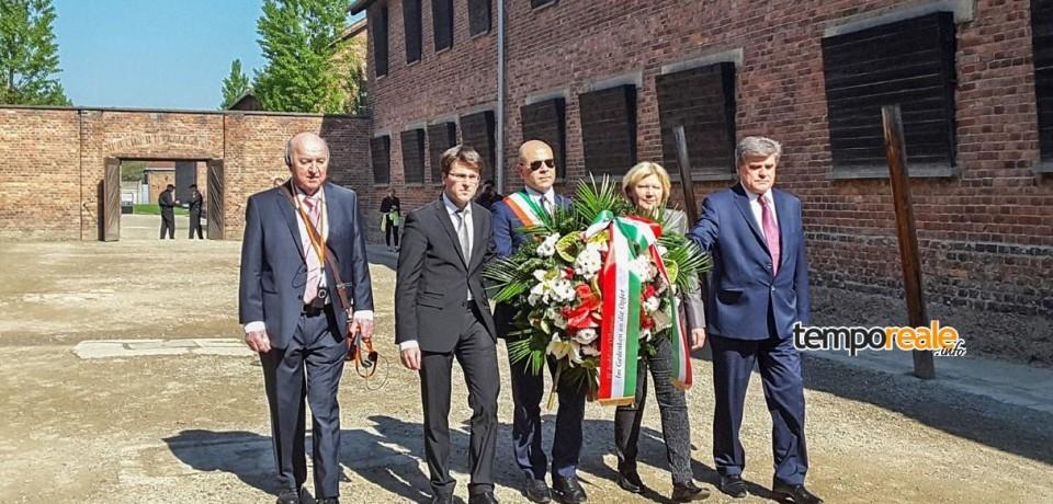 Fondi / Il sindaco De Meo in visita ad Auschwitz e al quartiere ebraico di Cracovia