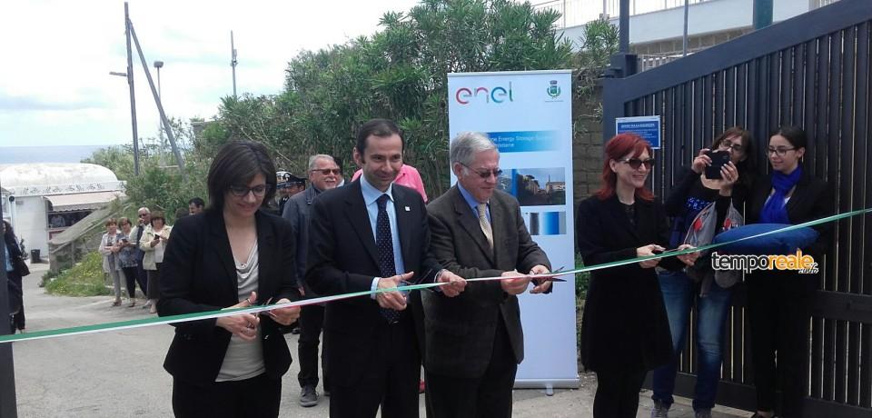 Ventotene prima isola italiana sostenibile con la batteria di Enel