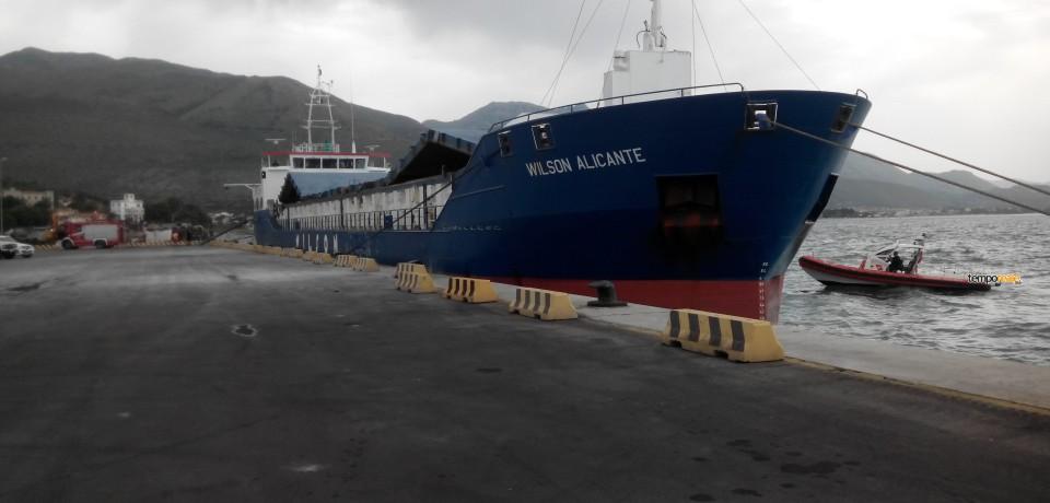 Gaeta / Svolta nel porto commerciale l'esercitazione antincendio della Guardia Costiera