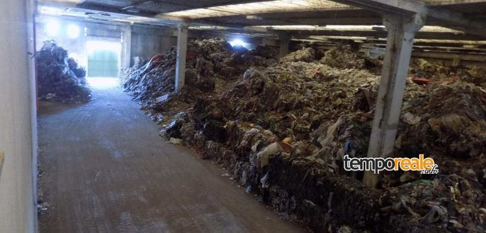 Aprilia / Maxi sequestro di due capannoni colmi di rifiuti da parte del Corpo Forestale