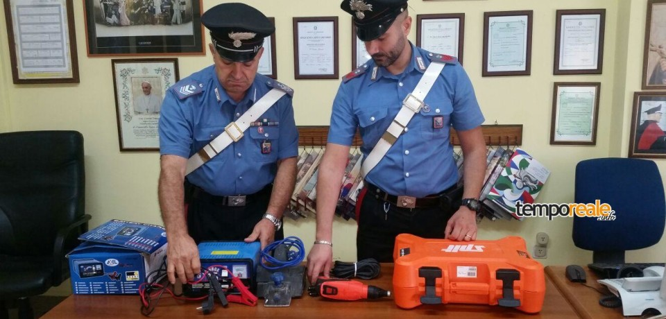 Atina / Trovato in possesso di trapano, pialla e caricabatterie rubati: denunciati per ricettazione