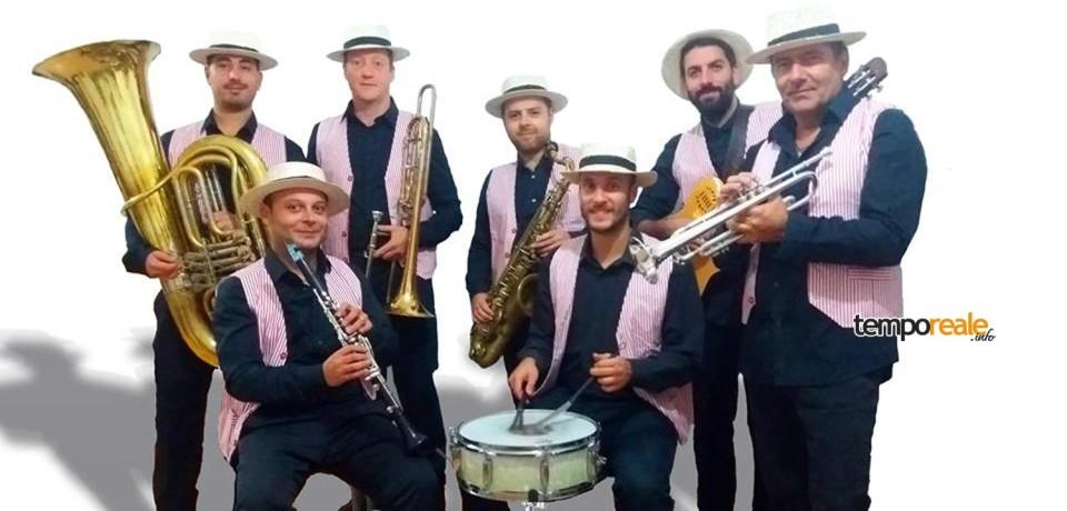 "Formia / ""Natale con Jazzflirt"", terzo appuntamento con Red Stripes Dixie Band"