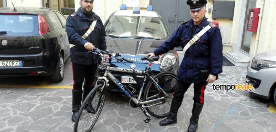 Latina / Ancora furti di biciclette, arrestato un 20enne pontino