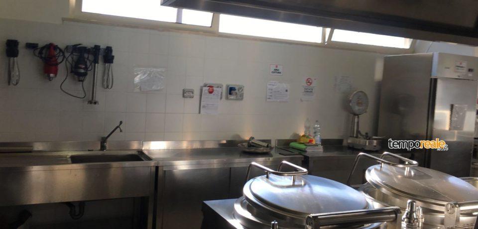 Formia / Blitz dei carabinieri alla mensa scolastica: rilevate violazioni amministrative