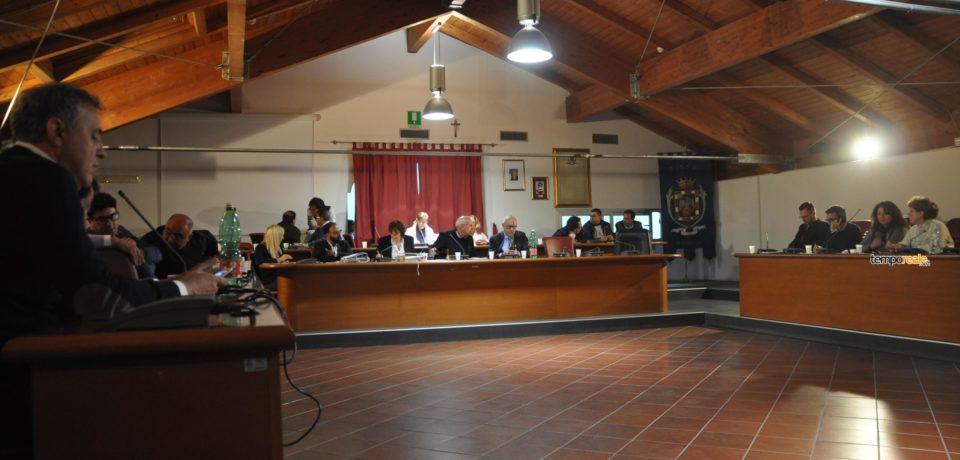 Formia / La minoranza chiede la convocazione del consiglio comunale per le commissioni consiliari