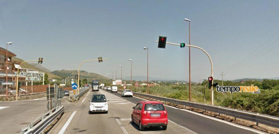 Formia / Incrocio via Spaventola, semaforo guasto. Necessari interventi per la sostituzione dei cavi interrati