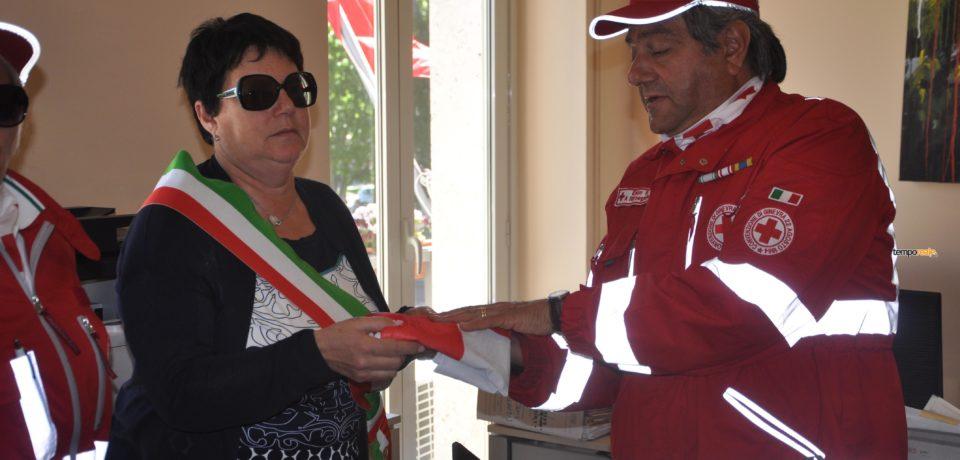 Gaeta / Giornata internazionale della Croce Rossa, la bandiera svetta sul comune di Gaeta