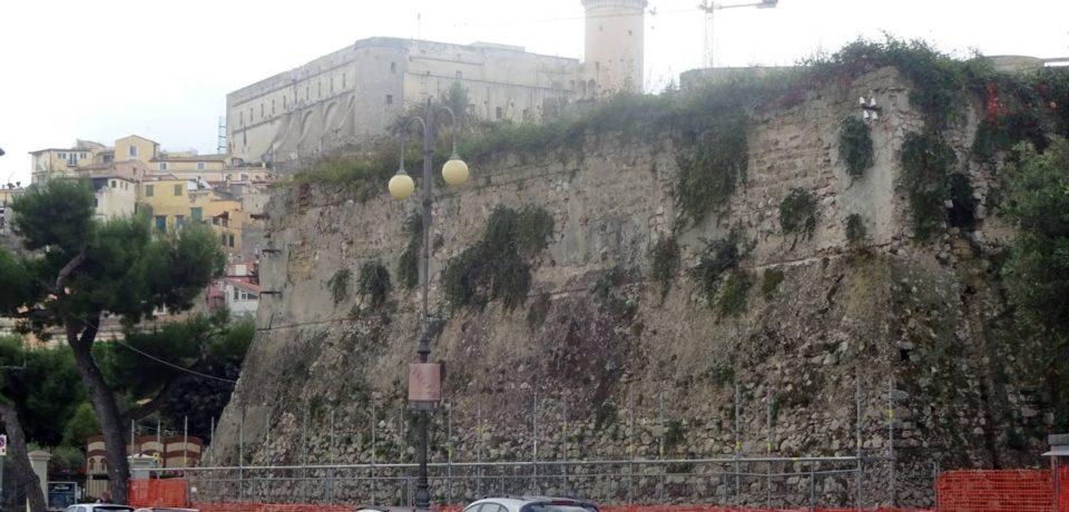 Gaeta / Bastioni la Favorita, il sindaco annuncia la partenza dei lavori