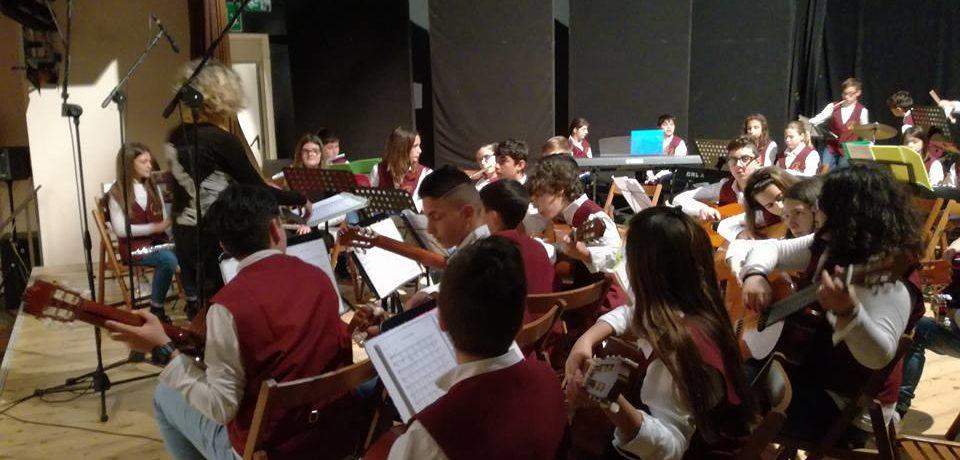 Minturno / L'orchestra dell'IC Marco Emilio Scauro terza classificata al Premio Pandataria 2017
