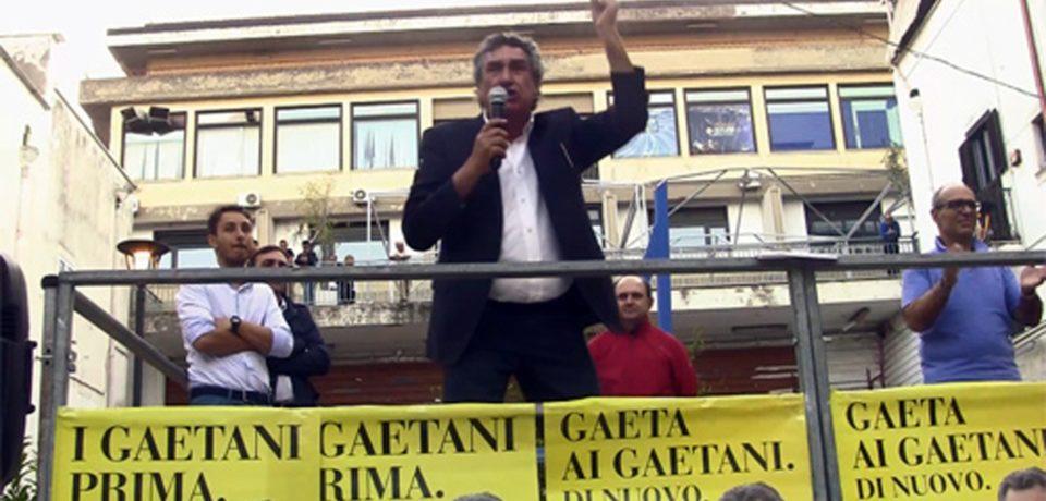 Gaeta / Massimo Magliozzi chiude la campagna elettorale con una grande festa in piazza
