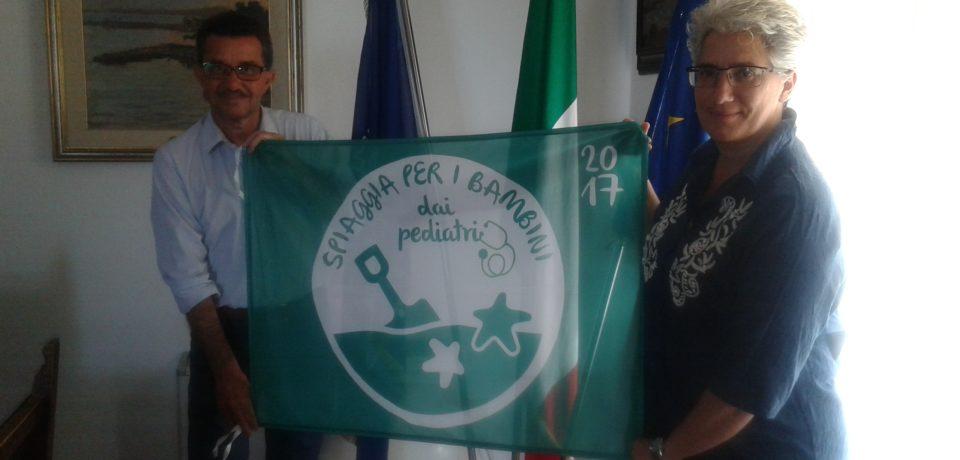 Formia / Spiagge a misura di bambino, Formia insignita della Bandiera Verde
