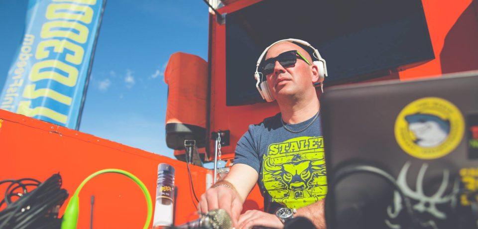 Aperol Spritz, il dj formiano Ulisse Marciano in tour sulle spiagge d'Italia: farà tappa a Sperlonga