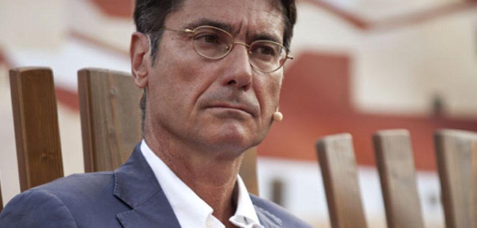 Ventotene / Il Comune conferisce la cittadinanza onoraria a Roberto Sommella