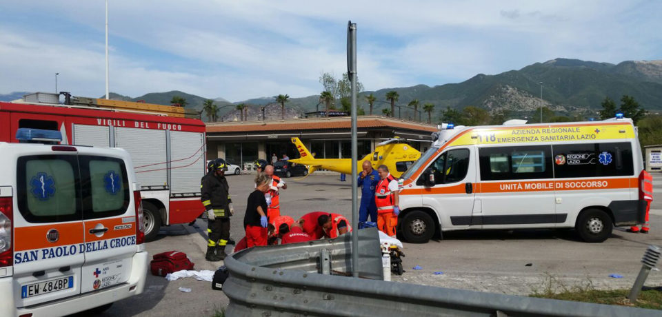 Scontro tra auto e moto a Sant'Elia Fiumerapido, gravi due giovani di Formia