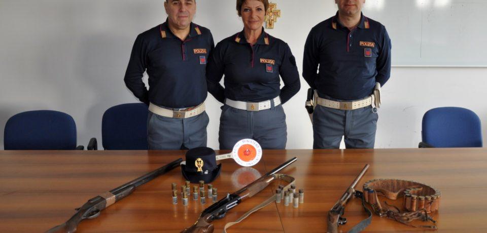 Formia / Lite in famiglia, la polizia sequestra due fucili