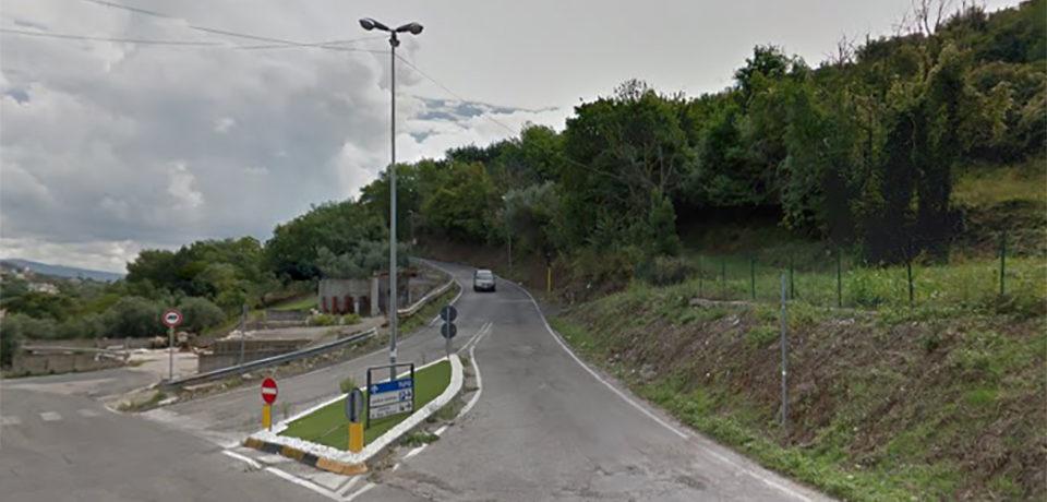 Minturno / Via dei Fossi in stato di abbandono, la denuncia di CasaPound
